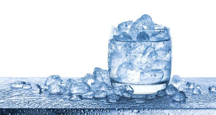 Cómo calcular la densidad del hielo y del agua