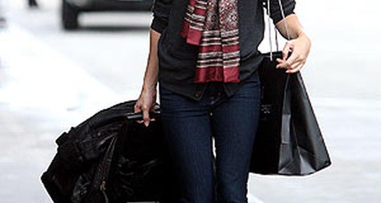 La actriz Chloe Sevigny vistiendo casual pero bien. Imagen corstesía de Vickers/Seligman/Splash News.