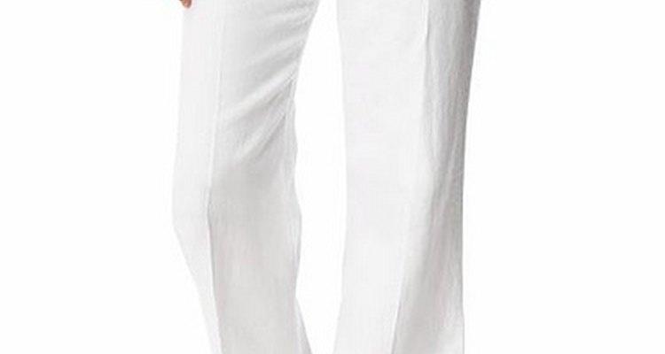 Uno de los temas más debatidos de la moda es el pantalón blanco.