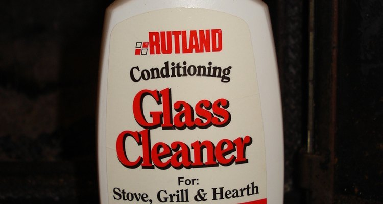 Glass cleaner with silicone