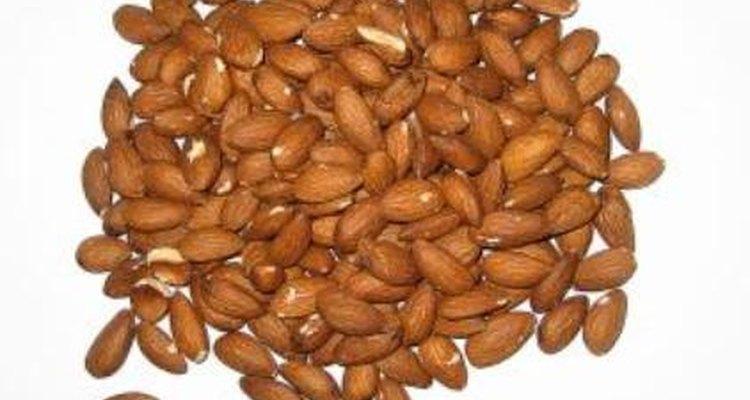 La harina de almendras es una alternativa para quienes son alérgicos al gluten.