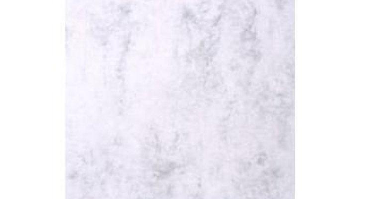 El mármol se usa para muchas cosas en el hogar como encimeras, lavabos y pisos.