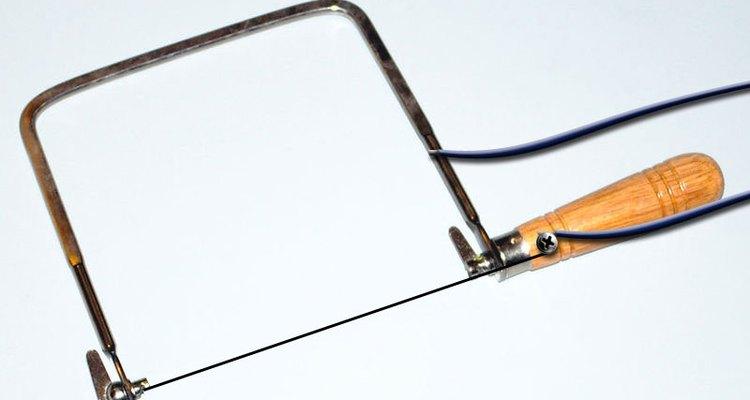 Faça uma faca de lâmina quente para cortar isopor