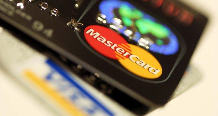 Proteja seus dados gerando um novo número de cartão no Paypal.