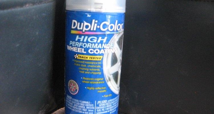 Você pode pintar sobre uma superfície cromada desde que a prepare primeiro