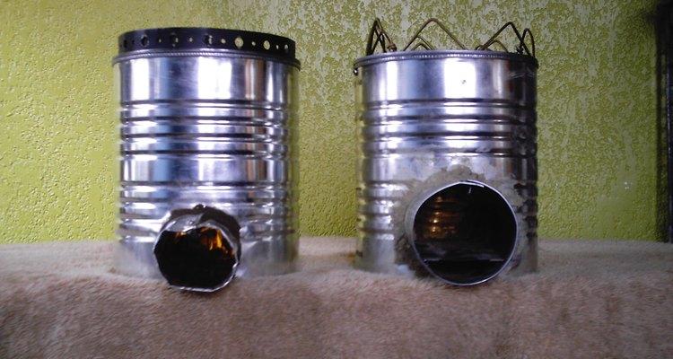 Las estufas cohetes portátiles son fáciles de hacer y divertidas para usar.