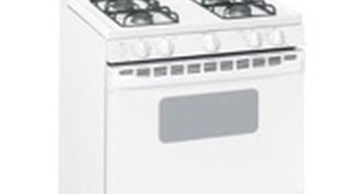 Para pintar um fogão de cozinha, você precisará mão firme e paciência