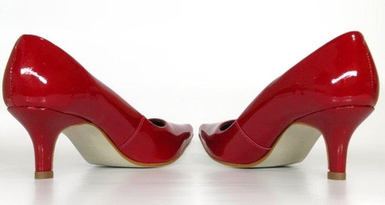 Encuentra el par de zapatos perfectos.
