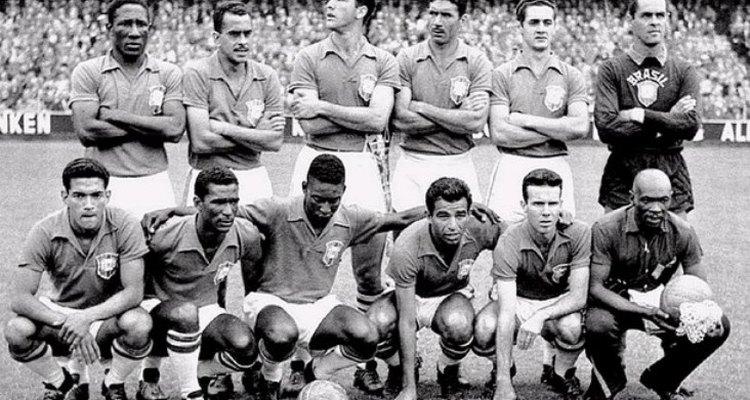A seleção brasileira foi à Suécia, para disputar a Copa do Mundo de 1958
