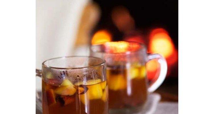 """Cuando se le agrega un poco de alcohol al ponche en México esto es conocido como """"piquete""""."""
