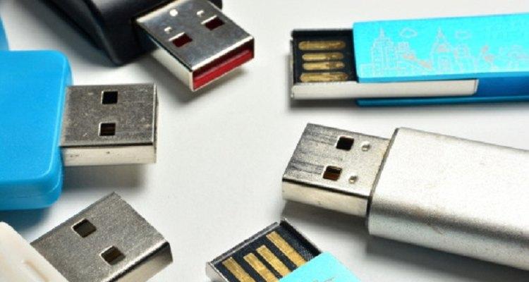 Using DBAN to format USB flash drives is a straightforward process.