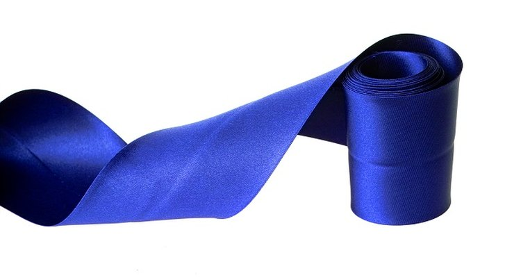 Make a fabric sash to decorate a costume or furniture for a special occasion.