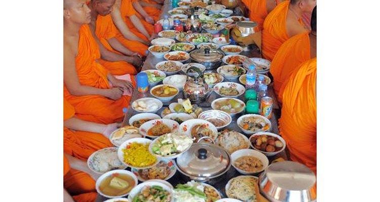 Se dice que estos platillos los degustan los difuntos en un gran banquete durante esa noche.