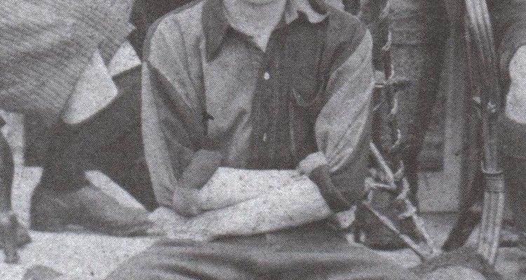 Charles Miller trouxe duas bolas de futebol, uma bomba para enchê-las e um caderno com as regras