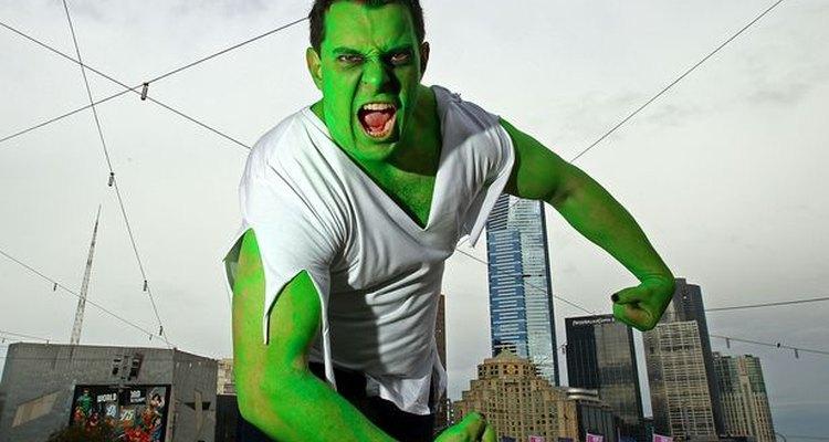 El disfraz del Increíble Hulk es fácil de hacer.