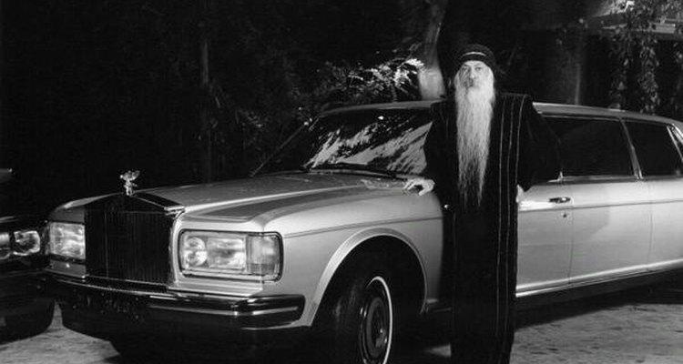 Osho con su Rolls Royce.