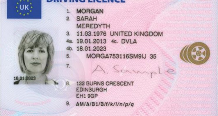 The UK driver's licence contains a hologram.