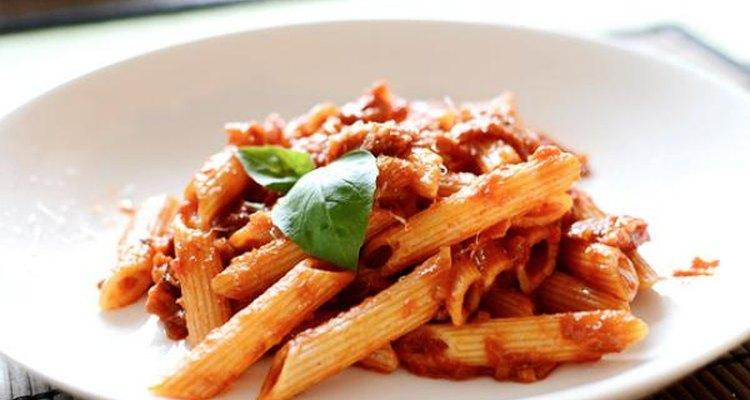 La salsa arribiata es originaria de la ciudad de Roma.