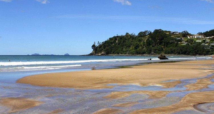 Esta praia possui águas com temperaturas que chagam a 64ºC