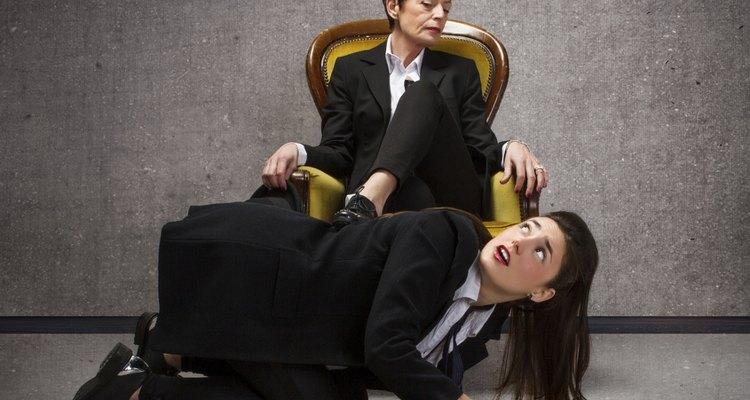 No mundo corportativo, uma dose de bajulação pode ser conveniente para a carreira