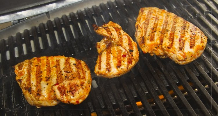 Use warming as an opportunity to top your chicken breasts with sauce or gravy.