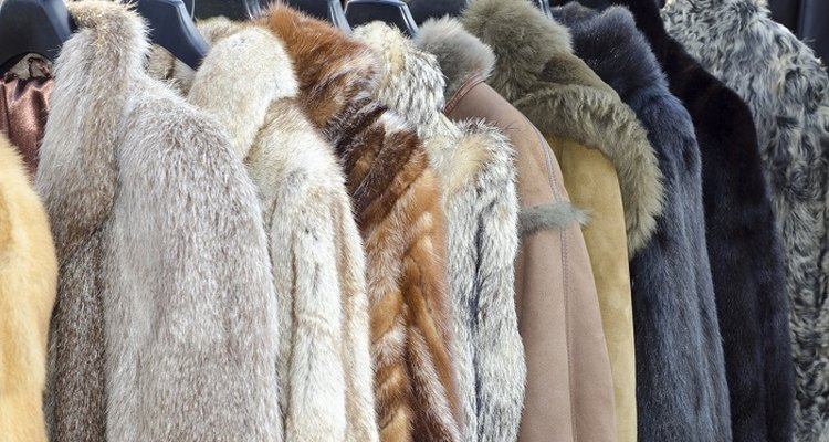 Remove nasty smells from your fur coat.