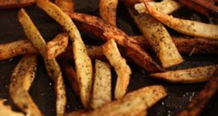 Reaqueça batatas fritas rapidamente