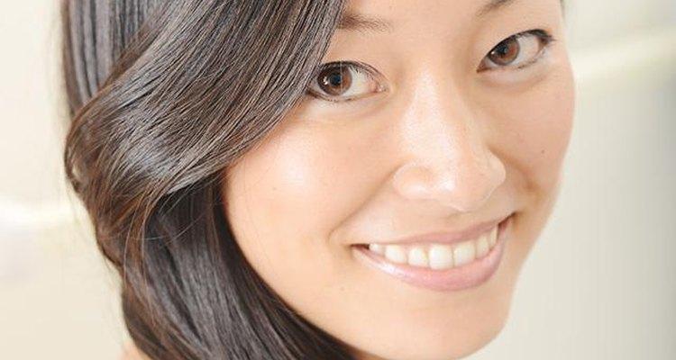 Aunque maquillan sólo una pequeña parte de tu cara, las cejas tienen un gran efecto en tu apariencia.