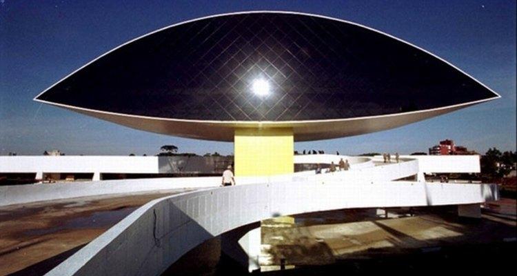 El Museo Oscar Niemeyer es una muestra de la capacidad de innovación de este artista.