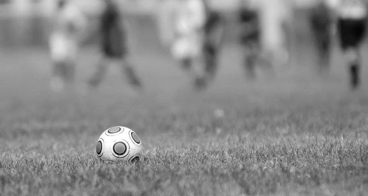 As primeiras experiências com o futebol no Brasil, ainda no final do século 19, deram muitos frutos