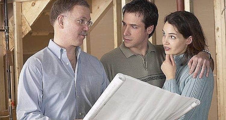 Estima los costos de construcción de una nueva casa.