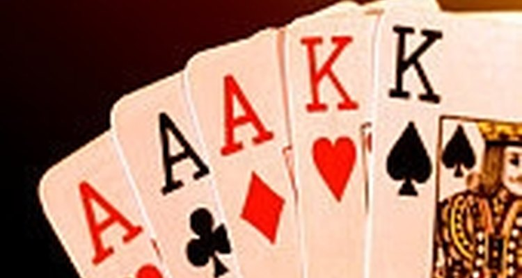 Faça o truque de separar cartas pretas e vermelhas