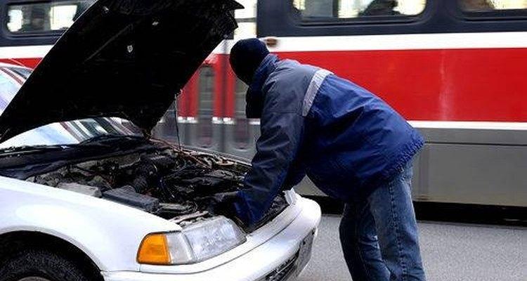 É possível fazer sua própria graxa automotiva, usando óleo de motor reciclado