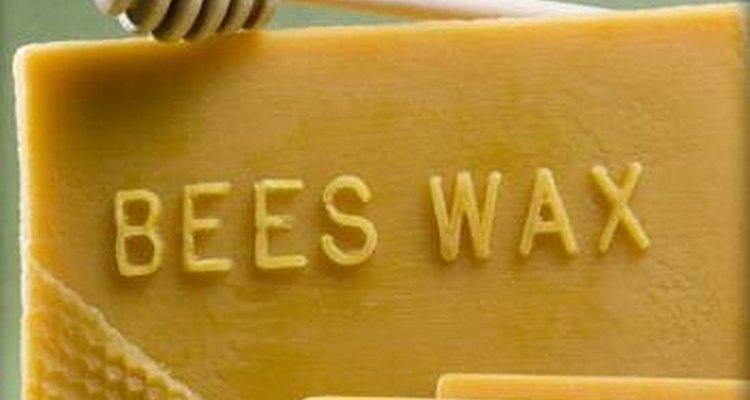 Nos anos 20, a fórmula dos géis continha cera de abelha