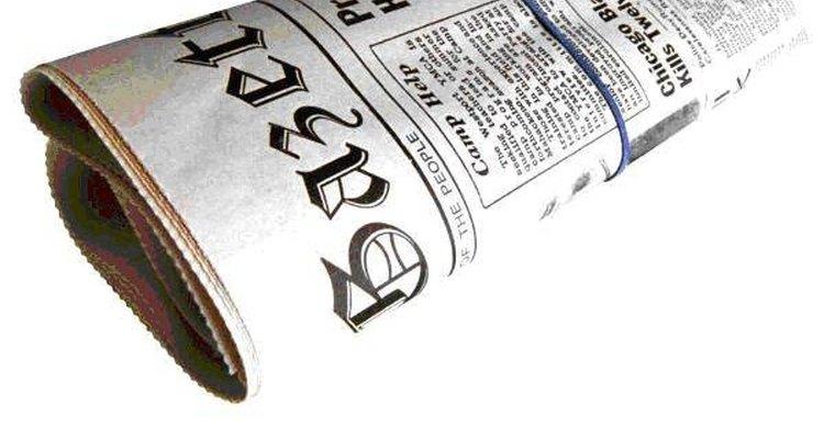 Rasgue o jornal em tiras