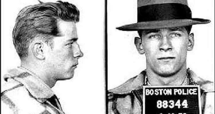 Ficha policial de Bernie McLaughlin.