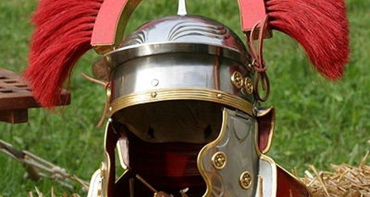 Os centuriões romanos sempre utilizavam cristas em seus capacetes