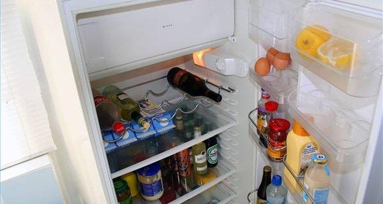 O descongelamento da carne na geladeira é o método mais recomendado