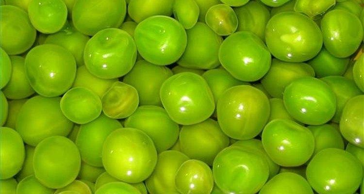 Para fazer as ervilhas de wasabi usa-se ervilhas verdes secas