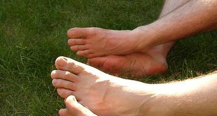 O que fazer para evitar o cheiro de amônia nos pés?