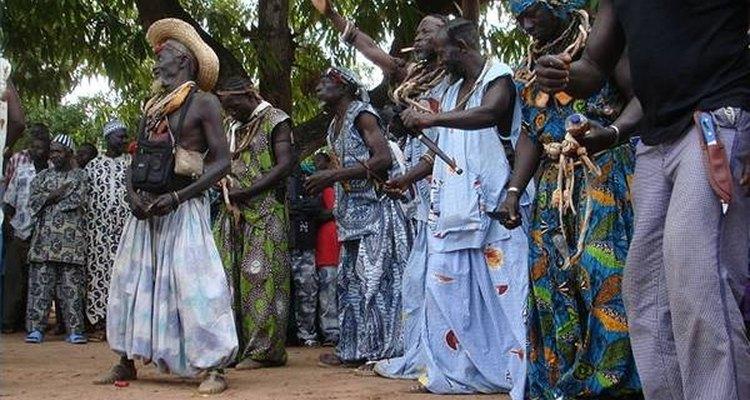 As roupas africanas sofreram influências ocidentais ao longo dos anos