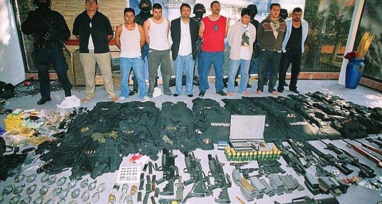 En 2007, la policía de México intensificó la aplicación, aplastando muchas células de pandillas.
