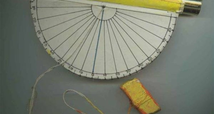 Inclinômetros são dispositivos usados para medir inclinações