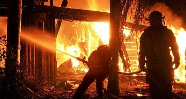 La labor de los bomberos es fundamental.