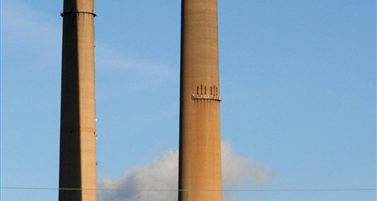 Produção de energia elétrica pode ser feita pela queima de carvão.