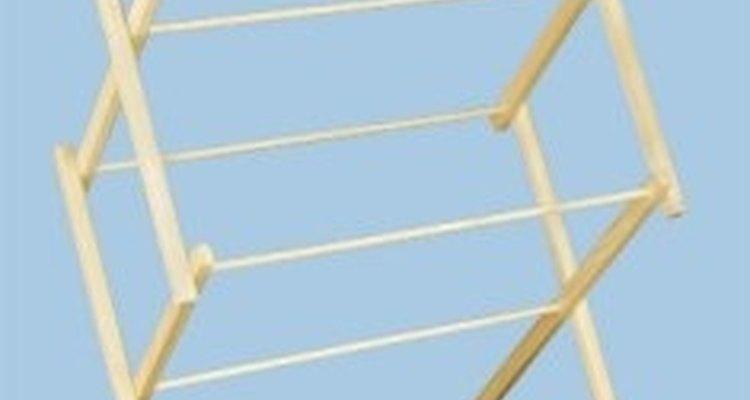 Debido a su diseño, los bastidores de secado no pueden sostener cargas muy pesadas pero son perfectos para secar pulóveres o elementos pequeños.