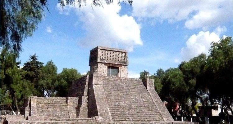 Los aztecas fueron grandes constructores de pirámides.