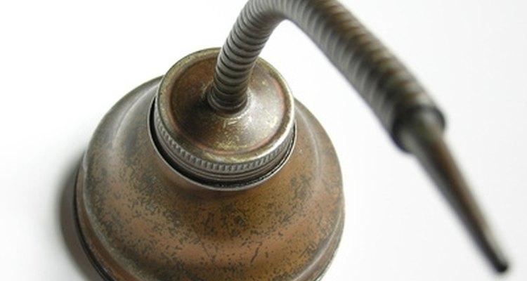 Aplica aceite a tu elíptica dos veces al año.