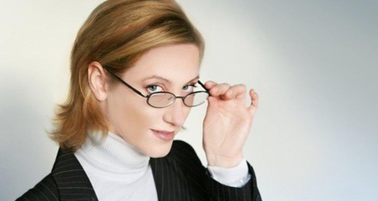 Un currículum vítae y una carta de presentación bien escritos puede ayudarte a conseguir tu empleo soñado.