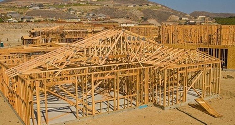 Una viga le agrega integridad estructural a un techo.